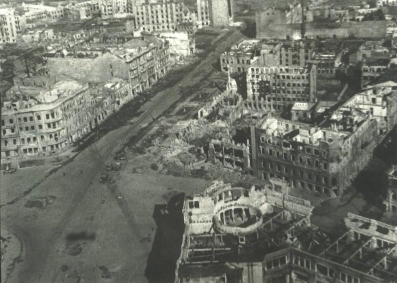 Il centro di Stalingrado qualche giorno prima della resa della sesta armata tedesca