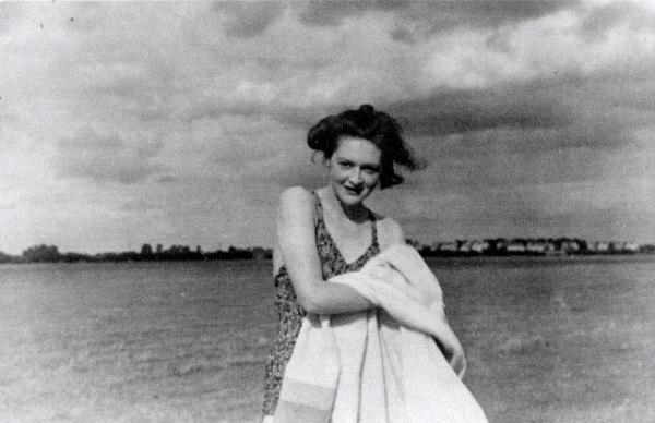 La foto di Pam, la 'falsa' fidanzata del maggiore Martin. In realtà si chiamava Jean Gerard Leigh ed era una giovane impiegata dell'MI5