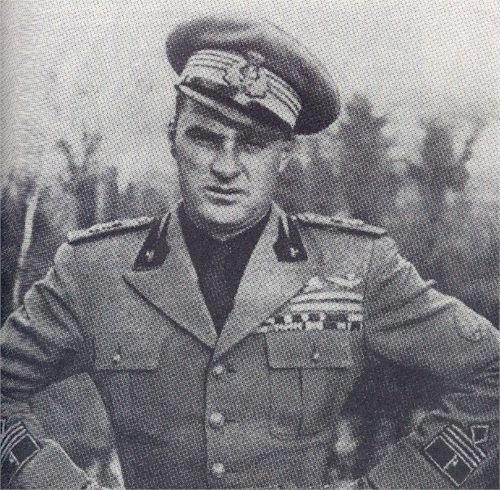 Ettore Muti è stata una delle figure mitiche del fascismo