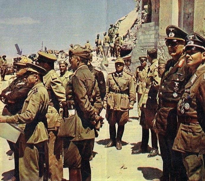 Il generale Enno von Rintelen a Tobruk con Mussolini