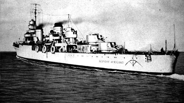 L'incrociatore Scipione africano in navigazione